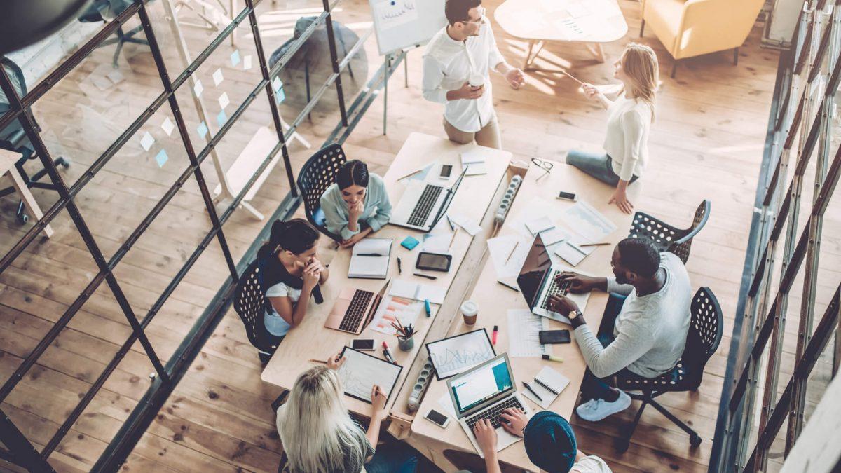 Tecnologia nas empresas: aposte nela para lucrar mais!